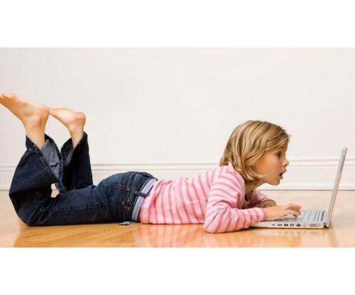 Kids Surfing Online: A Guide For Parent and The Limitations To Set