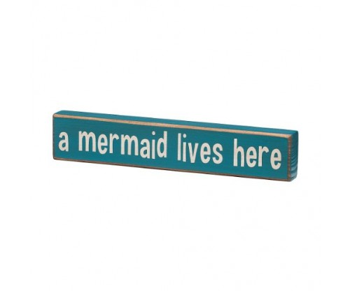 A Mermaid Lives Here – Vintage Coastal Mini Wood Sign