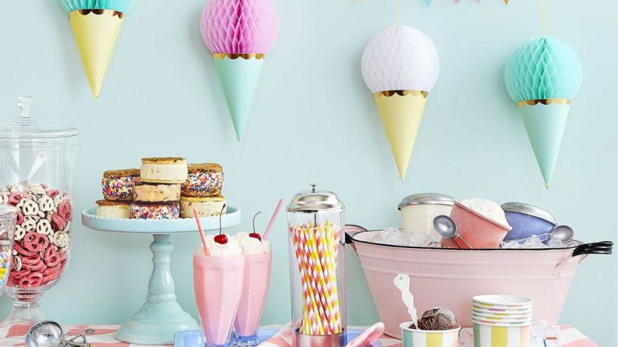 Diy Party Decorations Part - 40: DIY Party Decorations On A Budget